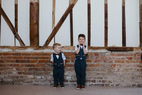 boho-wedding-bonhams-barn-blank-canvas-events-festival-outdoor-stephanie-green-weddings-alton-hampshire-527