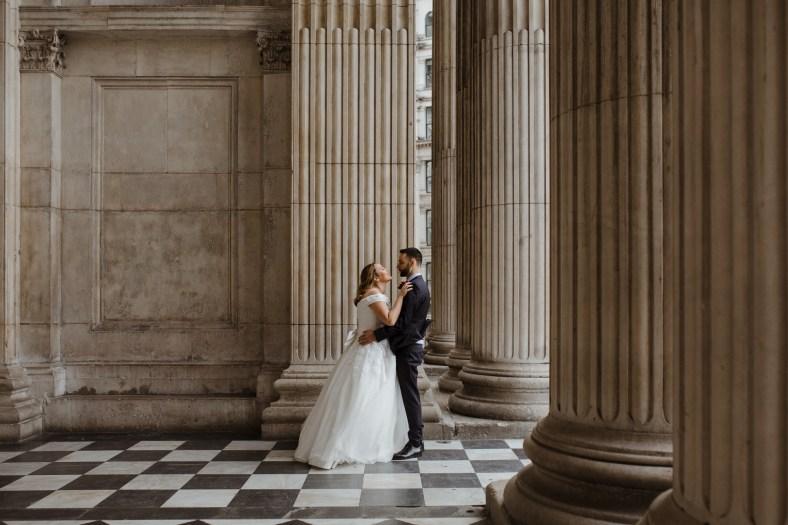stephanie-green-weddings-marylebone-town-hall-st-pauls-cathedral-stationers-hall-dog-emma-adam-hati-buttercup-bus-vw-camper-178