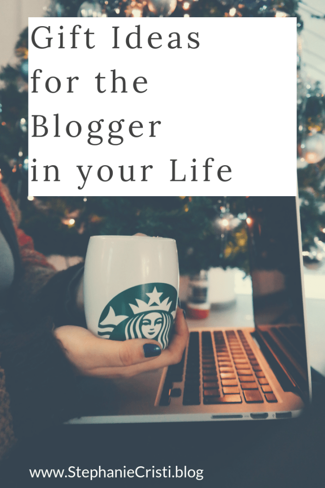 With the holidays right around the corner, don't forget to check out these 10 gift ideas for bloggers who create and share content for fun (or a living).