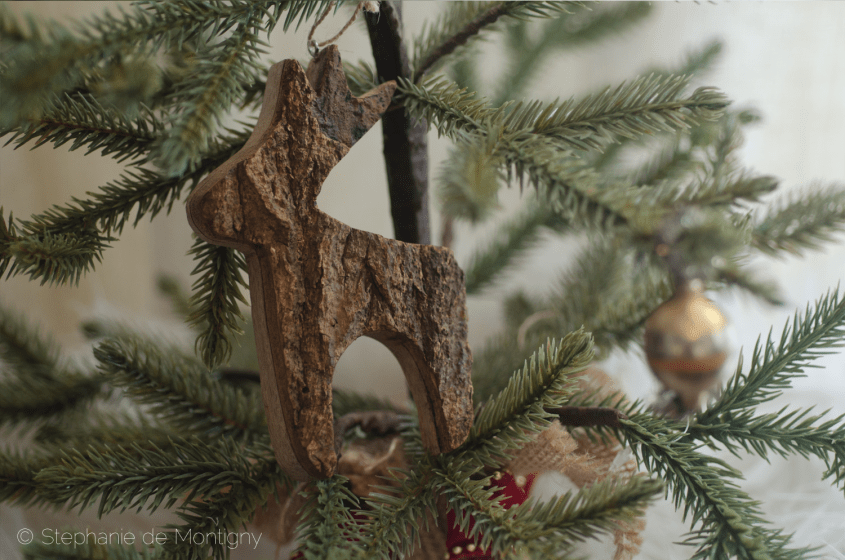 vintage-tree-bark-christmas-tree-ornament-doe-deer-holiday-pine-tree-silver-balls