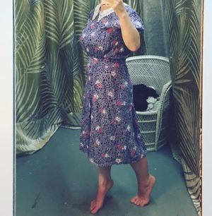 365 days of happy project - day 223 - stephanie de montigny - thrifting vintage ottawa second hand blue dress lace collar