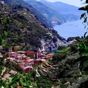 cinque-terre-italy-colorful-wall-art-print-stephanie-janett