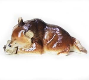 Porcelain figurine Bear cub with honeycombs