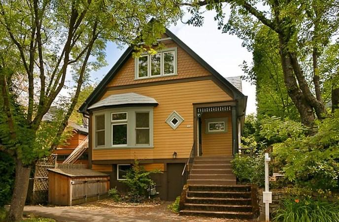 Portland Older Homes on SE 13th