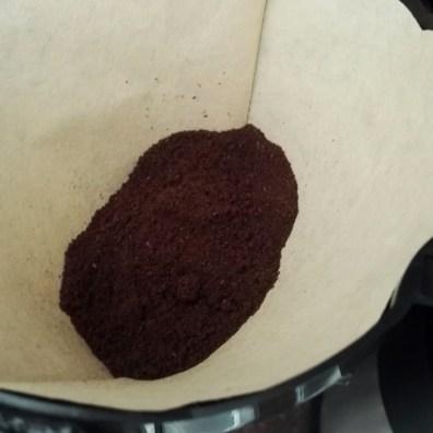 Erstmal Kaffee kochen.