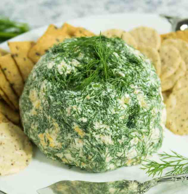 Easy Dill Pickle Cheese Ball