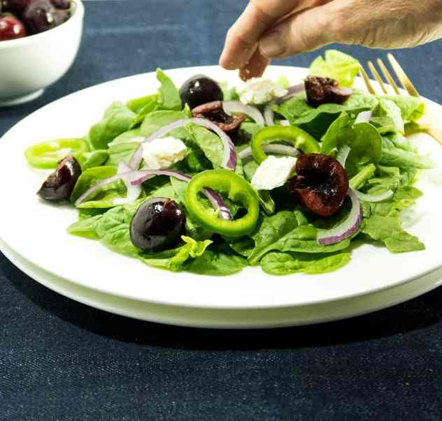 Cherry Jalapeno Spinach Salad
