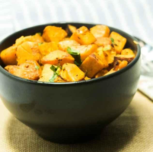 Garlic Herb Roasted Sweet Potaoes