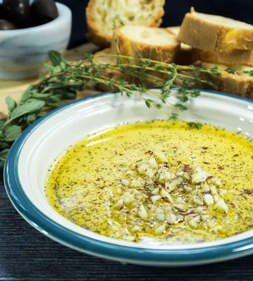 Garlic Lovers Dipping Oil (Vegan & Paleo)