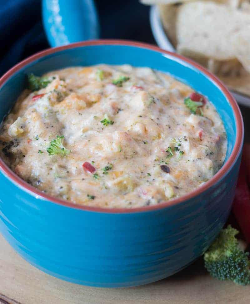 Hot Broccoli Cheese Dip