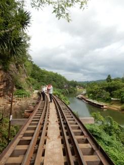 kanchanaburi-historicaltrain-2