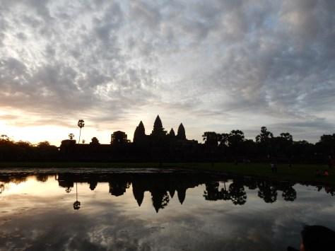 bucketlist-cambodia-angkorwat (2)