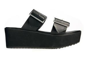 Get the look... DON'T WEAR: really obvious lip liner or blond streaks - not the Spices' finest looks. DO WEAR: this season's flatforms - after all, the Spices were the original pioneers of fugly footwear. Flatforms, £35, ASOS