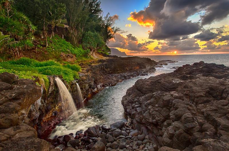 Day is Done!Queens Bath @ Sunset - HDRQueens Bath, Princeville, Kauai, HiAugust 2012