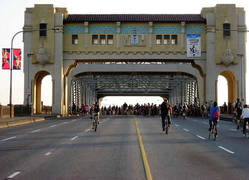 Burrard Bridge - Critical Mass June 26, 2009