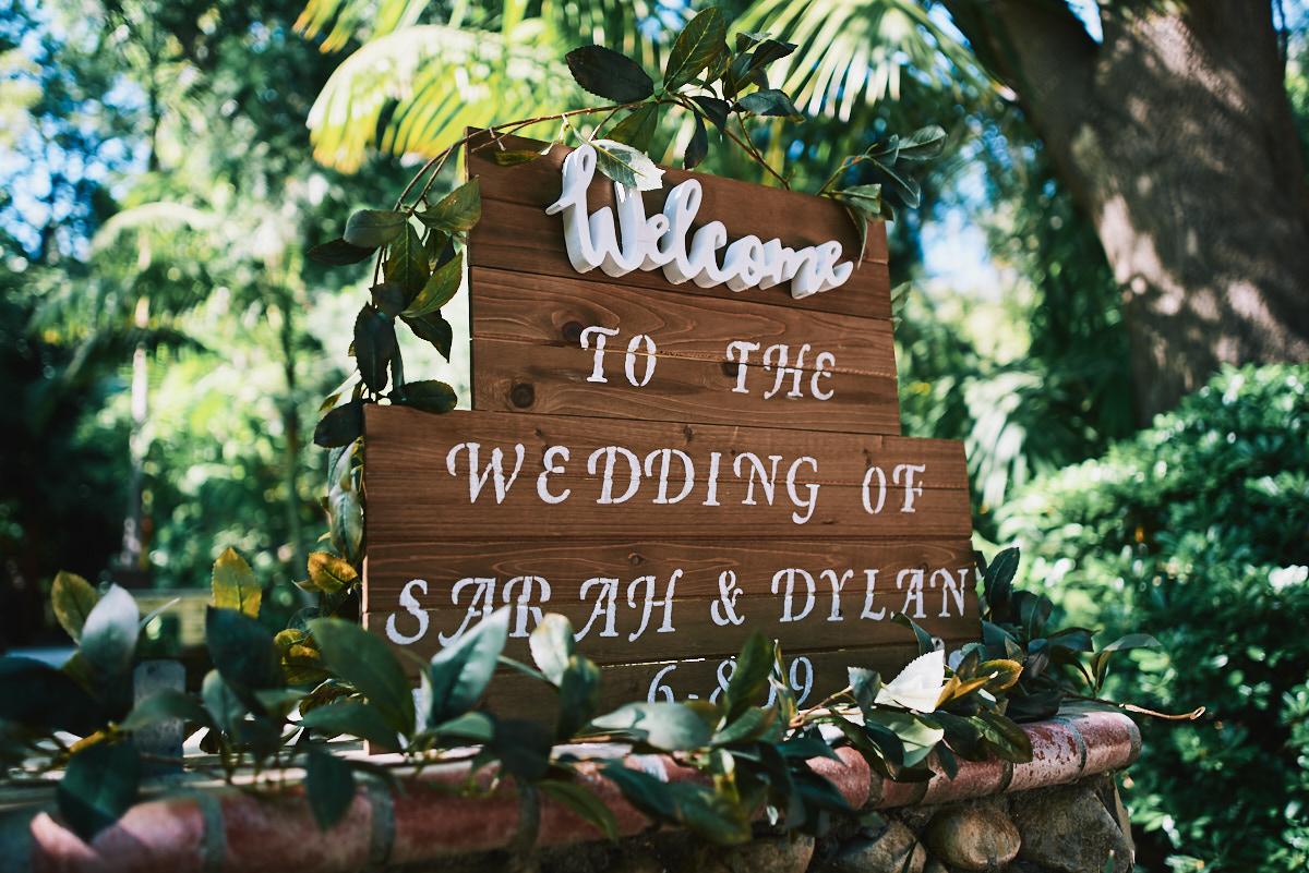 Hartley Botanica wedding sign