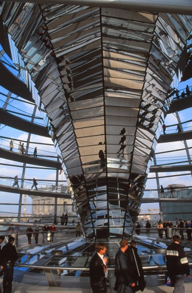 Reichstag, Berlin by Foster + Partners 12_Stephen Varady Photo ©