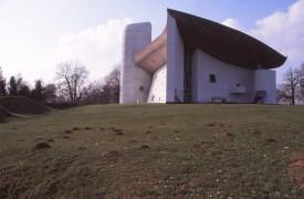 ronchamp-chapel-by-le-corbusier-26_stephen-varady-photo