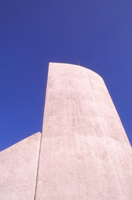 ronchamp-chapel-by-le-corbusier-41_stephen-varady-photo