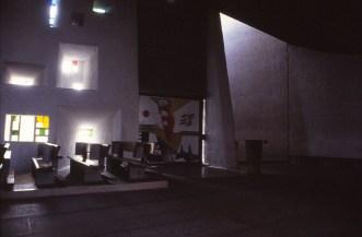 ronchamp-chapel-by-le-corbusier-60_stephen-varady-photo