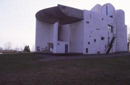 ronchamp-chapel-by-le-corbusier-71_stephen-varady-photo