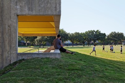 Webb Chapel Park Pavilion by Studio Joseph 05