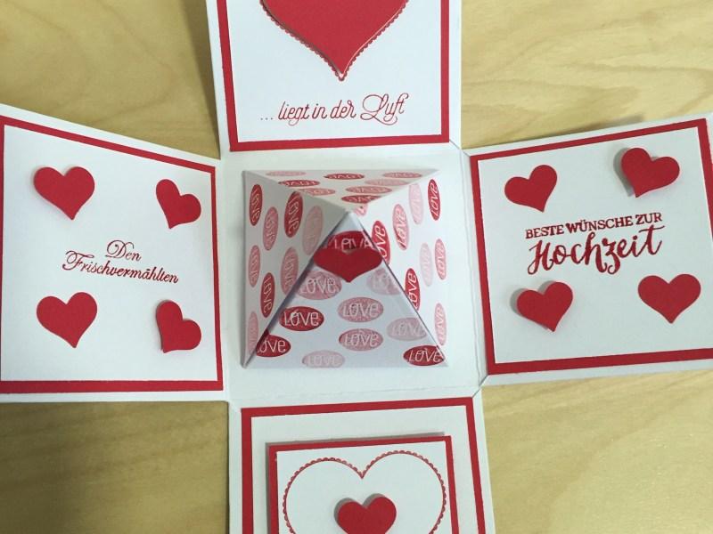 """Hochzeitsexplosionsbox mit den Stempelsets: """"Groovy Love"""", """"Rosenzauber"""" und """"Blüten der Liebe"""""""