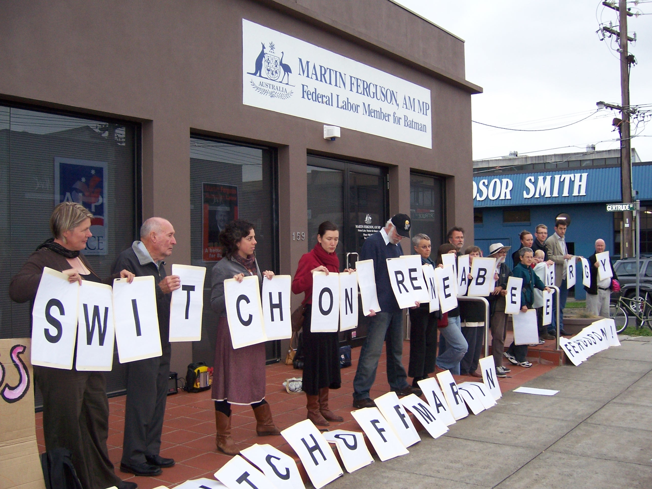 Community climate activists outside the office of Martin Ferguson, Member for Batman