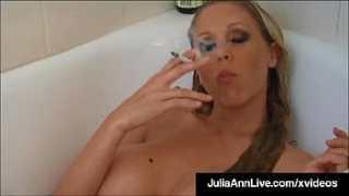 Stepson smoke nude in the bath