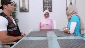 MIA KHALIFA Arab Stepmom Julianna Vega