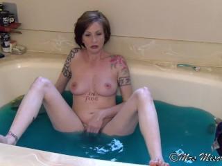 Bathtub Sex Talk with Stepmom Mrs Mischief