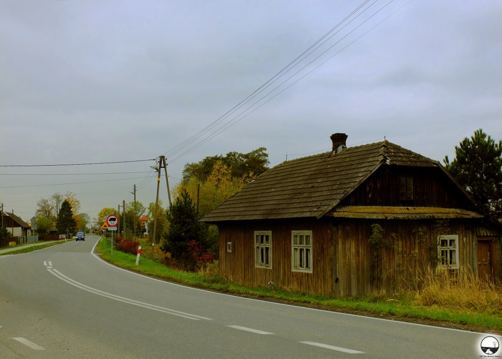 Abandoned house - 1.jpg