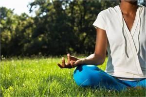 meditation-sitting-on-grass