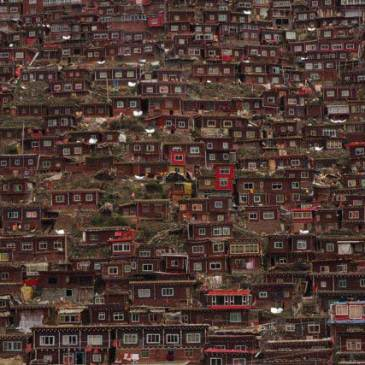 Larung Gar… looks like a dream