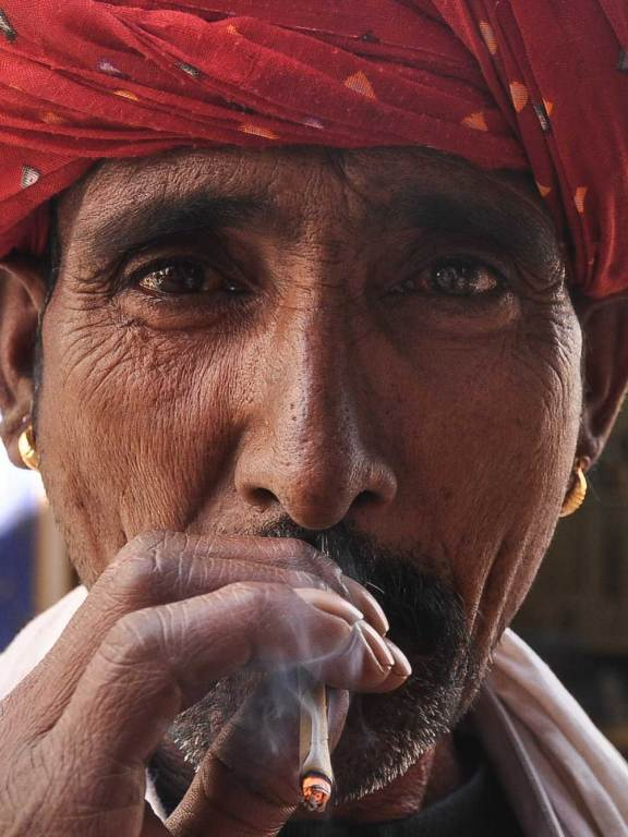 smoking-man_pushkar_dsc_8818-copy