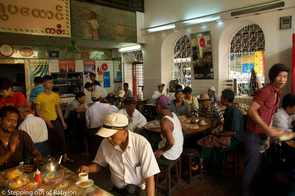 Yangon... where the teahouses, remind us of the Chinese presence, a heritage of the Chinese presence in the country, serve an excessively sweetened milk tea mixed with the sound of the male chat, under the freshness of the lazy ceiling fans