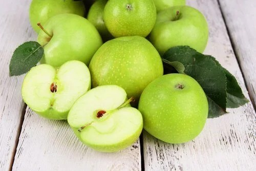 Green apples mask for wrinkles