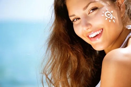 Sunscreen helps prevent puffiness and dark circles