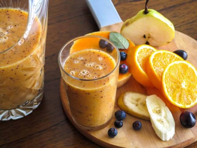 Pear and Orange Smoothie