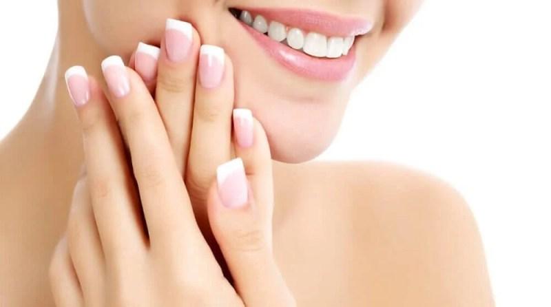 Healthy nails.