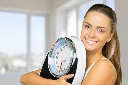 Холодный душ способствует снижению веса