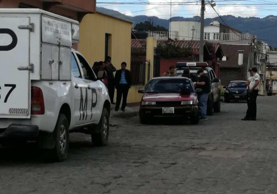 Ubican vehículo que fue robado ayer en Xela