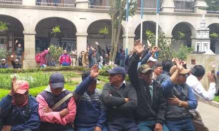 Sindicalistas municipales exigen aumento salarial y advierten prolongar paro de labores