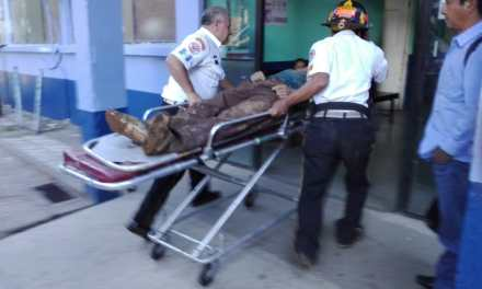 Dos hombres fueron rescatados, luego de quedar soterrados en Sololá