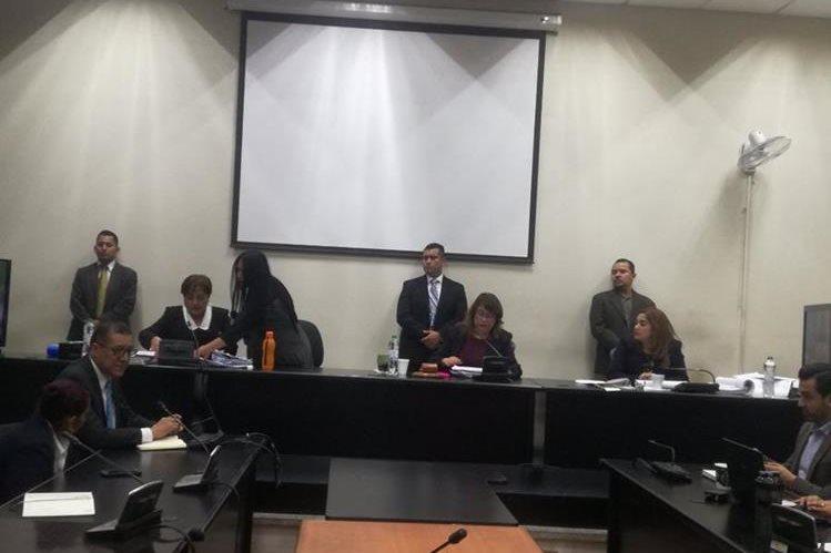 Continúa audiencia de primera declaración en caso de corrupción en la Muni de Xela