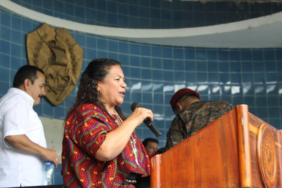 Exgobernadora de Alta Verapaz es señalada de uso de documentos falsos y usurpación de calidades