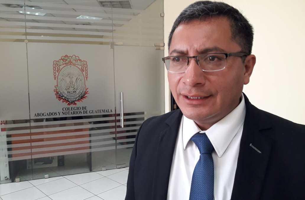 Agreden a gobernador de Quetzaltenango