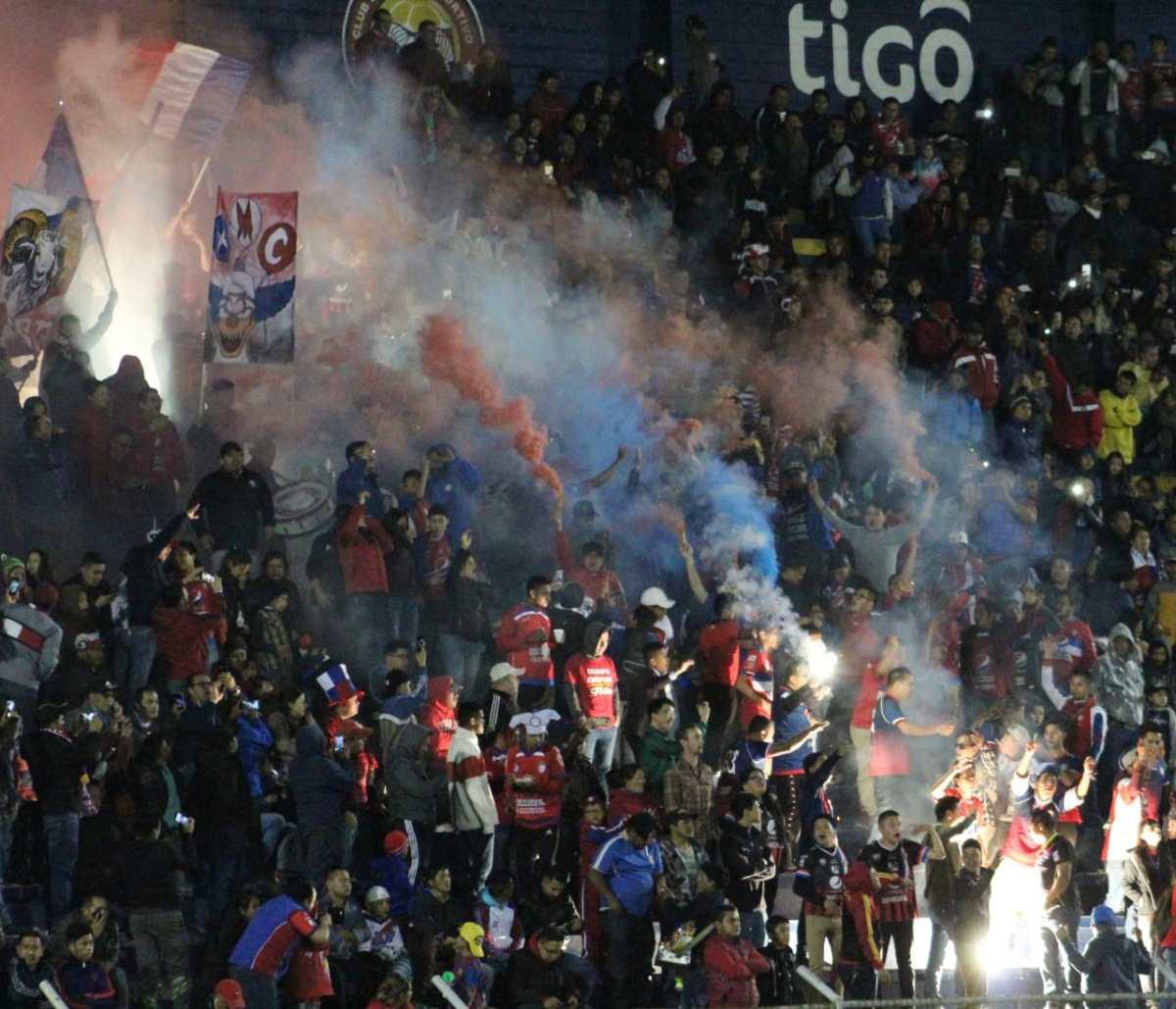¿Cuantos aficionados ingresaron al Xelajú 2 - 0 Comunicaciones?