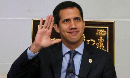 UE condena esfuerzos de Maduro por procesar a Guaidó en Venezuela