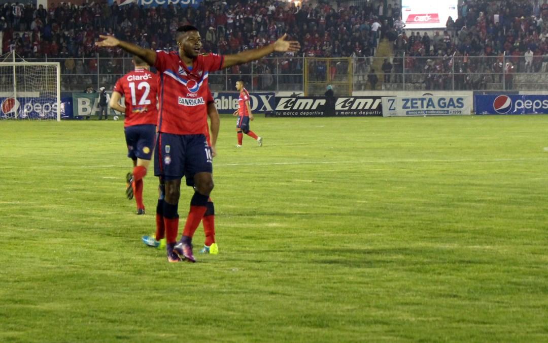 Zapata regresa a Xelajú. Hay otro jugador confirmado y dos más arreglados